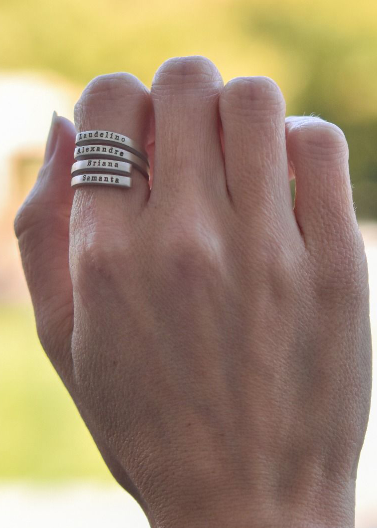 Swan Name Ring - 4 Names [Sterling Silver]